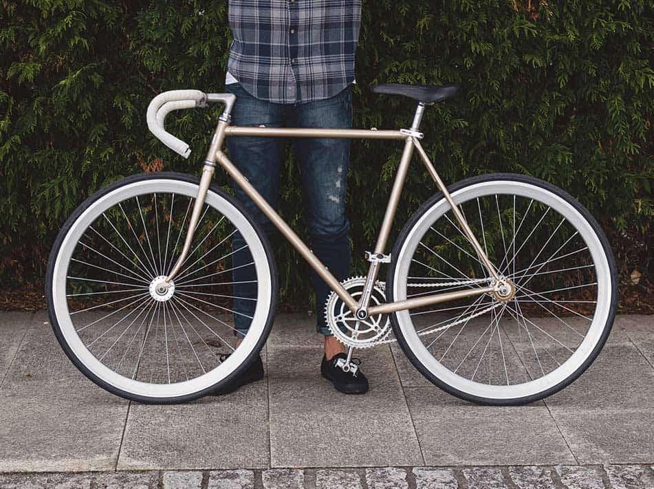 Cosa sono le Bici a Scatto Fisso e Come Funzionano