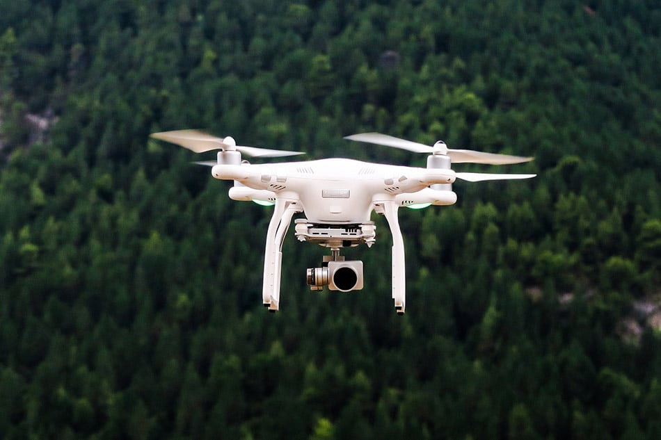 Chi ha Inventato il Drone e come Funziona?