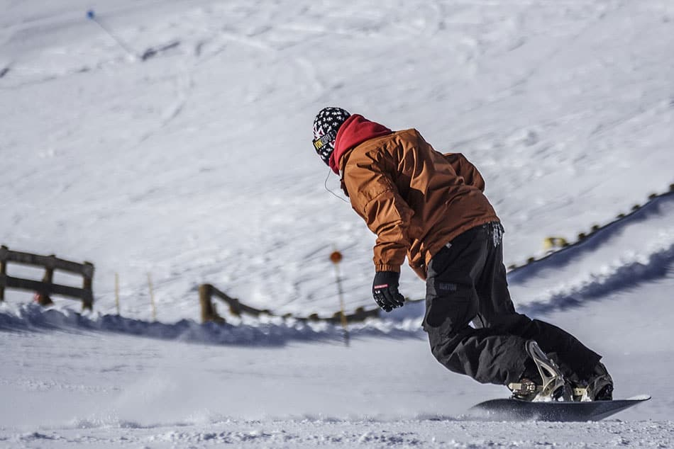 slalom snowboard