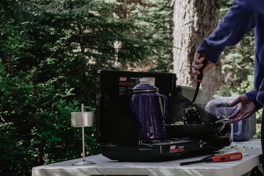 I Migliori Fornelli a Gas da Campeggio : La Nostra Top 7!