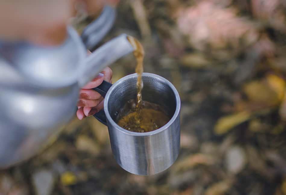 fare il  caffè in campeggio con fornello
