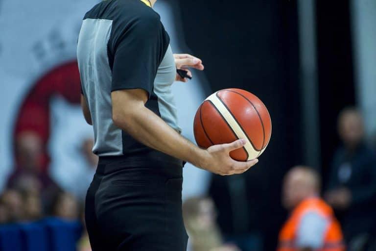 Come Diventare Arbitro di Basket?