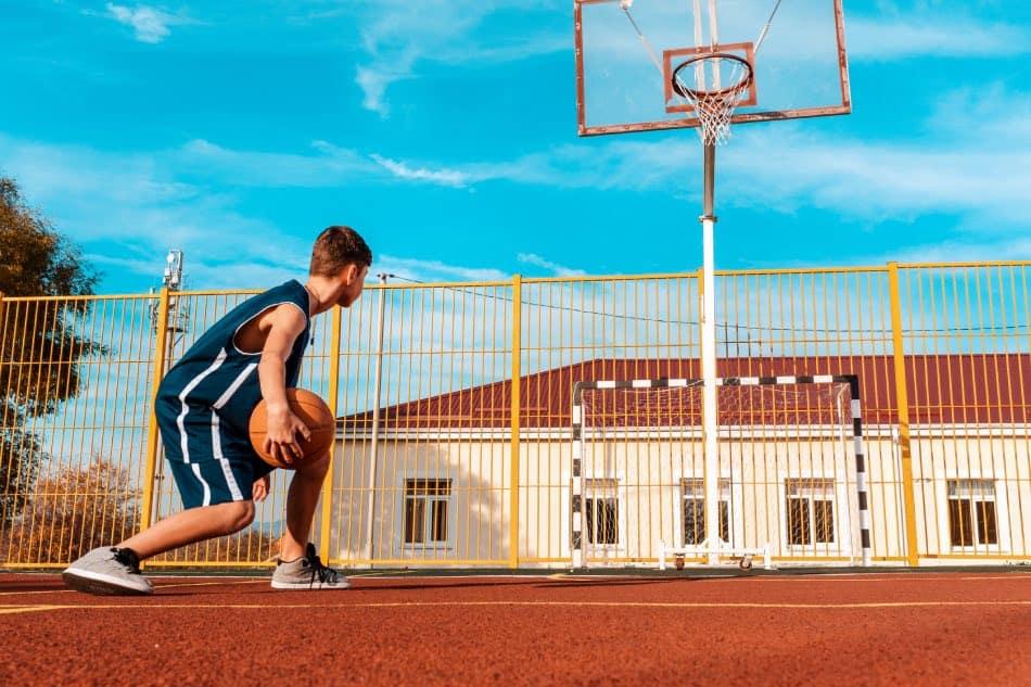 Cosa Regalare ad un Appassionato di Basket : Top 14 Idee Regalo