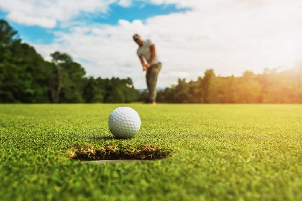 Cosa Regalare ad un Appassionato di Golf : 12 Idee Regalo