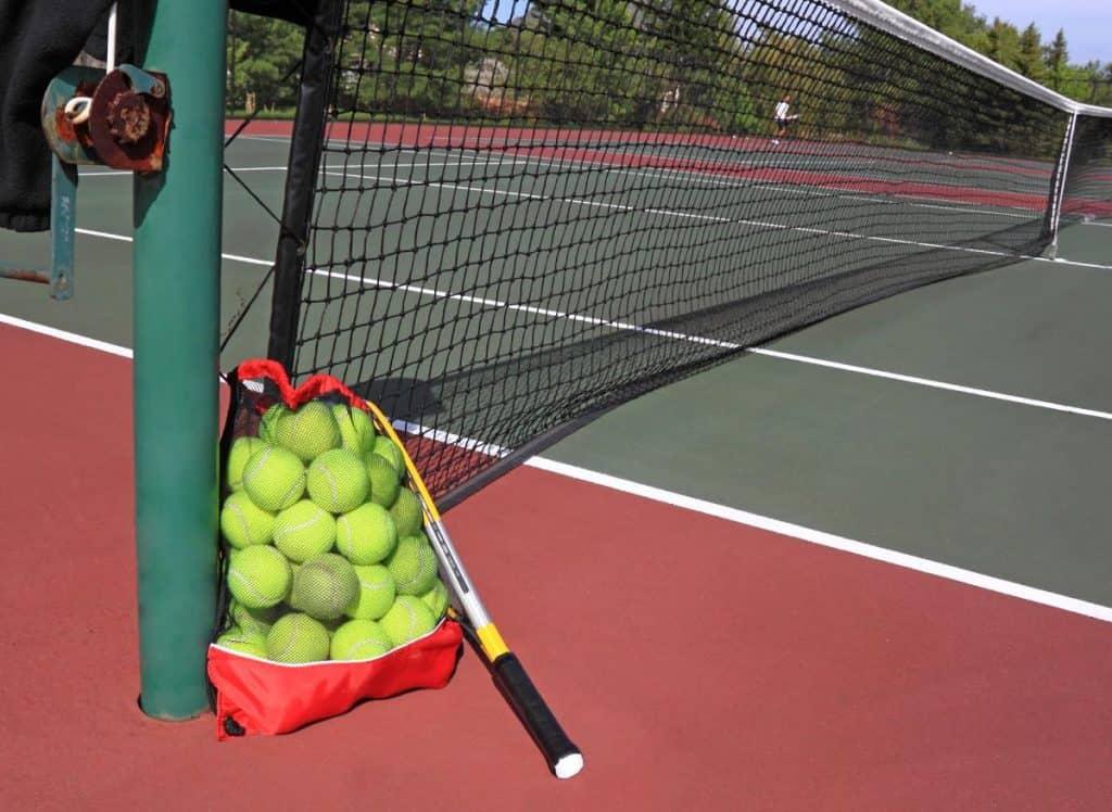 Cosa Regalare ad un Appassionato di Tennis? 8 Interessanti Idee Regalo!