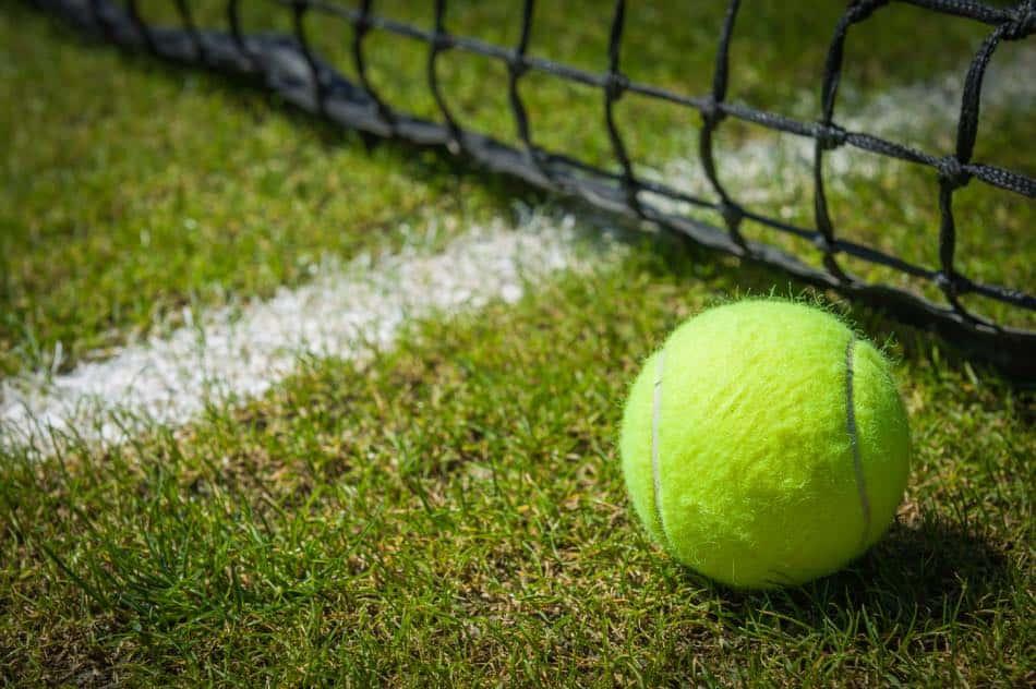 Pallina da Tennis con Racchetta