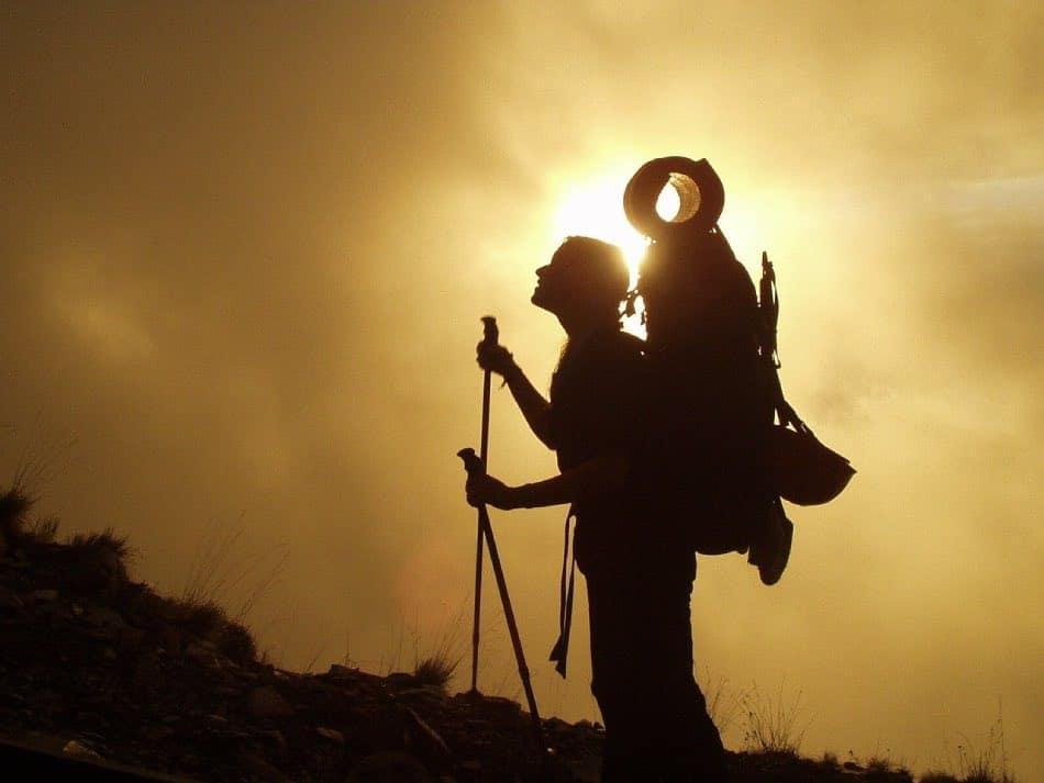 Come Riporre i Bastoncini da Trekking Nello Zaino