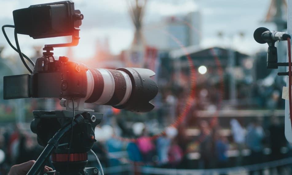 Migliori Fotocamere Per Fotografia Sportiva : Guida alla Scelta