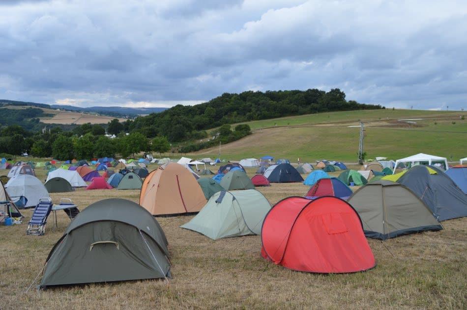 campeggiare in tenda